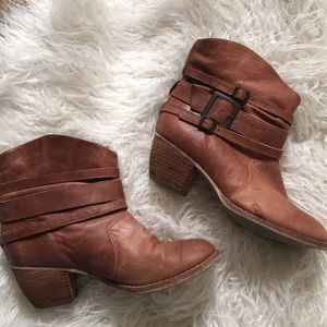 Leather MIA ankle boots